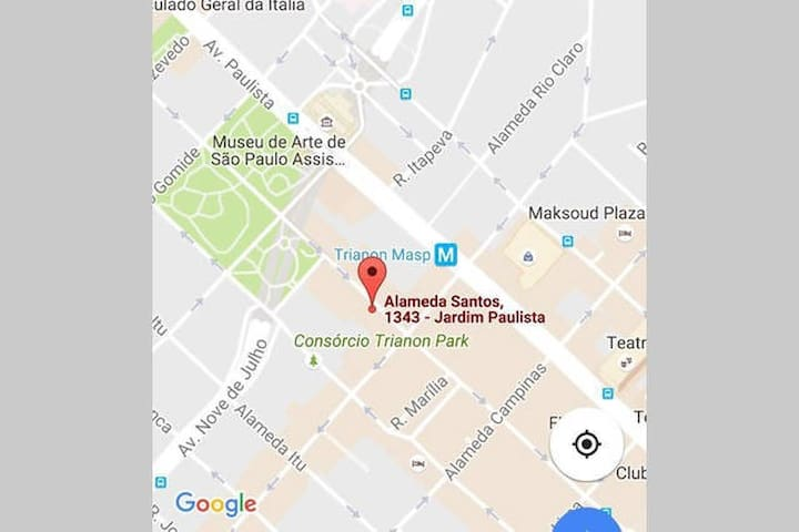 Excellent and prime location in the Jardins, just 1 block away from Av. Paulista and close to great restaurants