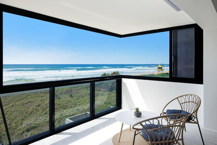 Unobstructed ocean views from the apartment