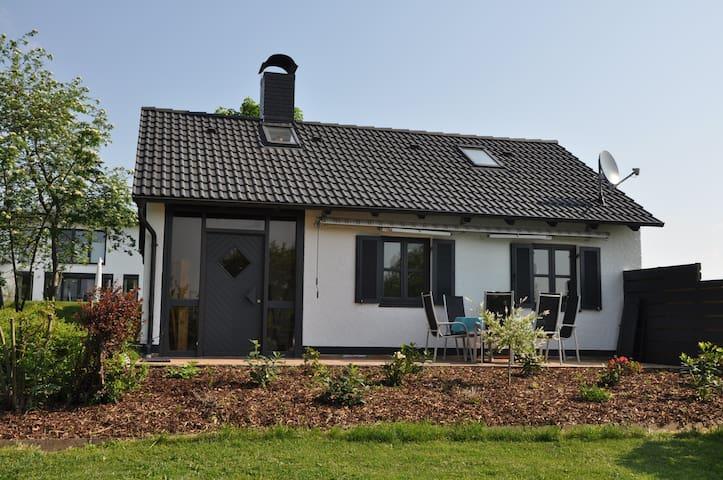 Ferienhaus 4-6 Personen, ca. 65 qm - Flachslanden - บ้าน