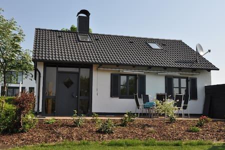 Ferienhaus 4-6 Personen, ca. 65 qm - Flachslanden