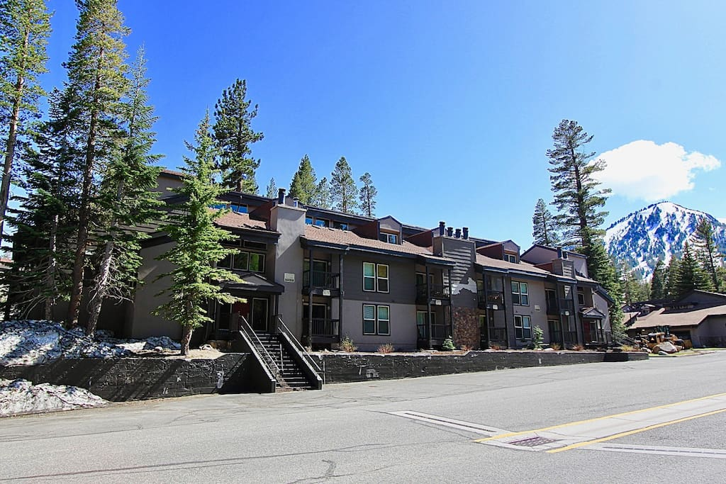 Front of the complex with Mammoth Mountain in the background