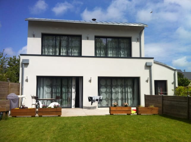 Chambre privée entrée indépendante maison - 3 pers - Bayeux - Haus