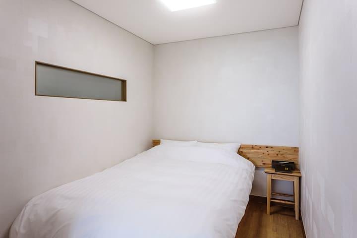 jejuollero Guest sleeping room(s-12)