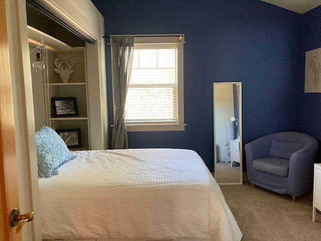 Full Bedroom 1