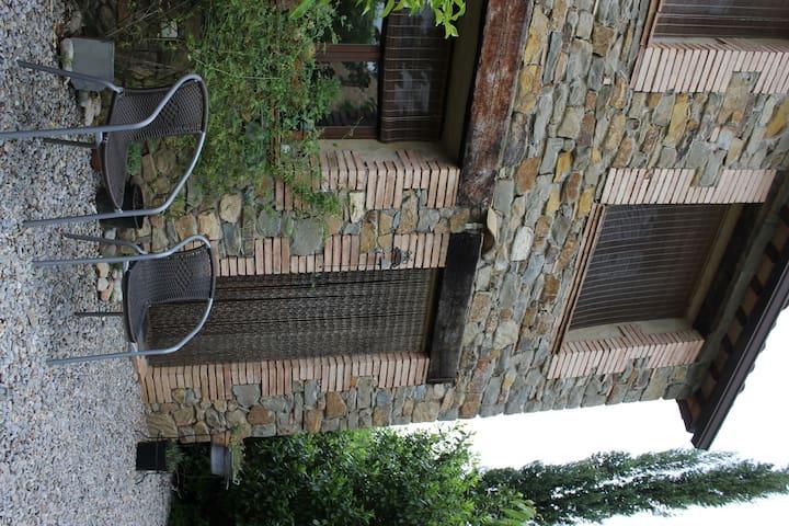 Bonita casa en l`Empordá - Camallera - Hus