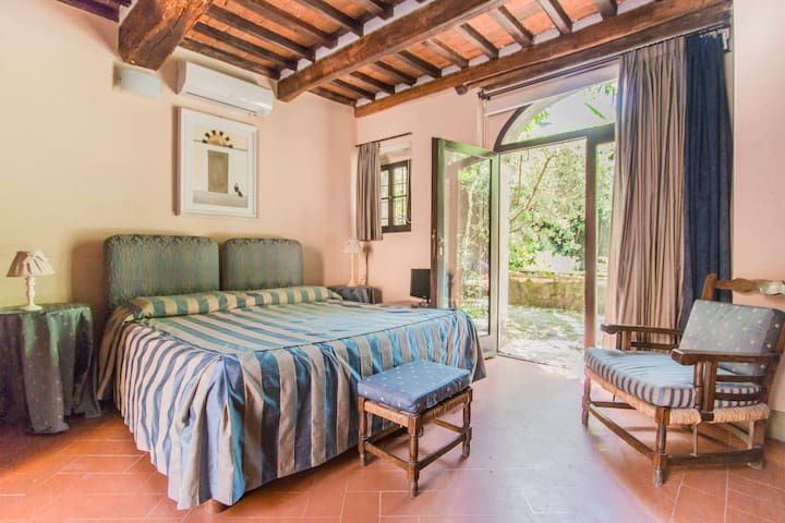 APP.TO CATERINA Cortesia e charme in B&B a Lucca