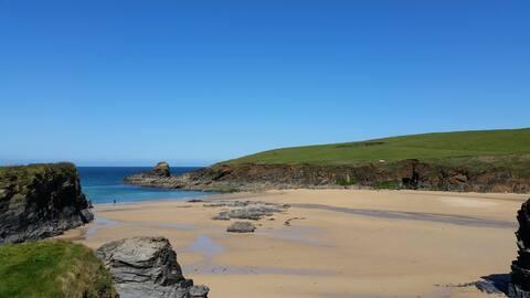 Sunways - holiday home near the sea