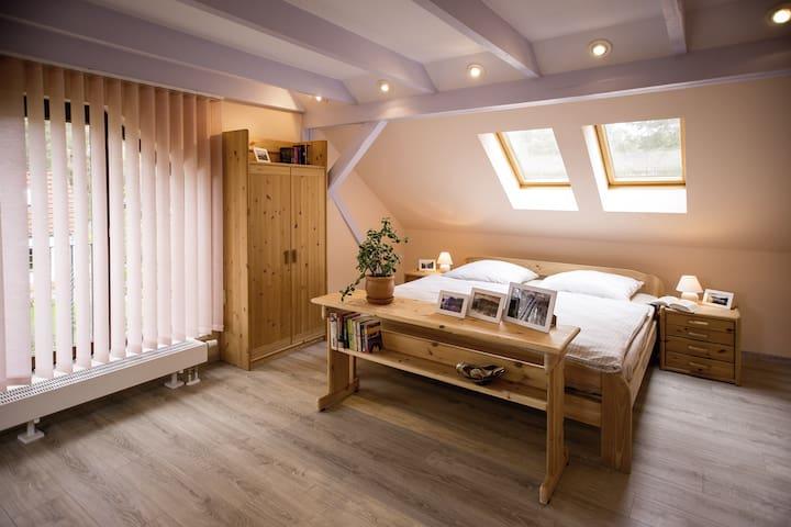 Gemütliche 1 Zimmer Wohnung Seenähe - Zossen - House