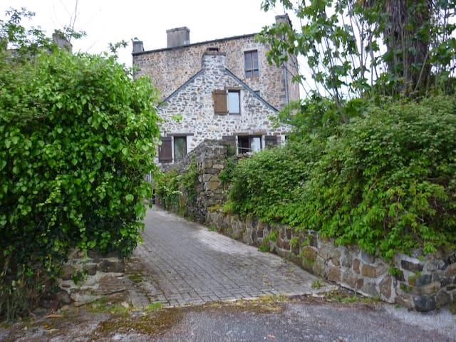 Maison de cachet avec terrasse - Landévennec