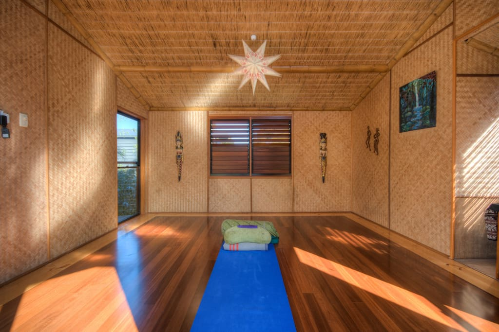 Yoga and massage room for your use