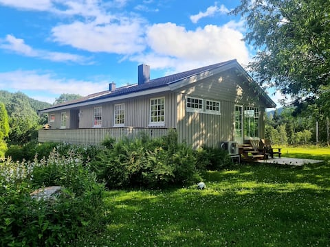 Opplev gårdsferie midt i Norge