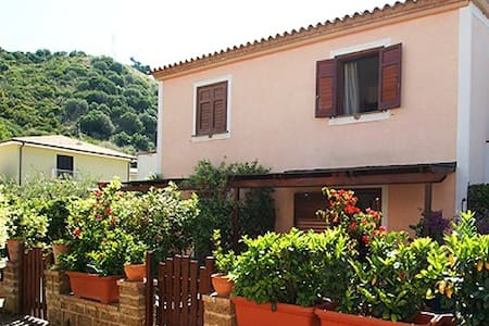 Villa Gialloris - Acciaroli