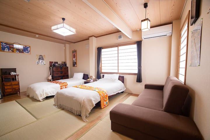 Room『Vader』 only special room in Hakodate!