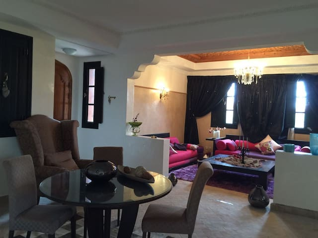 Beautiful Villa with high quality - Marakesz