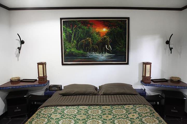 Adventure Resort (Bungalow Nr. 2) - Muang Pattaya - บังกะโล