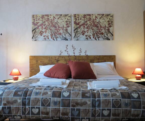 OFFERTA MARZO BiancoCancello(RM) - Room Eleonora
