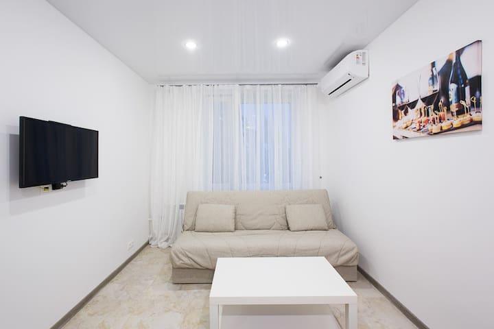 غرفة المعيشة 2