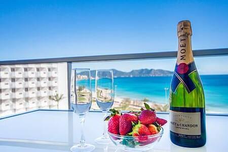 Fantástico apartamento con espectacular vista mar - Cala Millor - Apartament