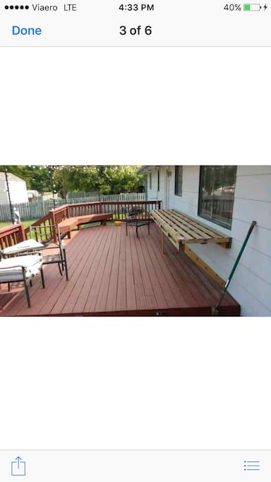 Deck for viewing eclipse! Nice fenced in back yard!