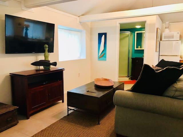 Casa Marigold Guest Cottage