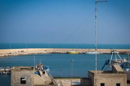I* Dimora Priv. con terrazza panoram. vista mare