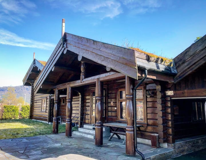 Expansive unique log home in Sauda close to skiing