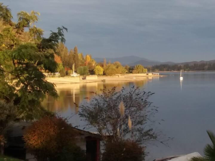 Lago Rapel Lafken, la copia feliz del edén.