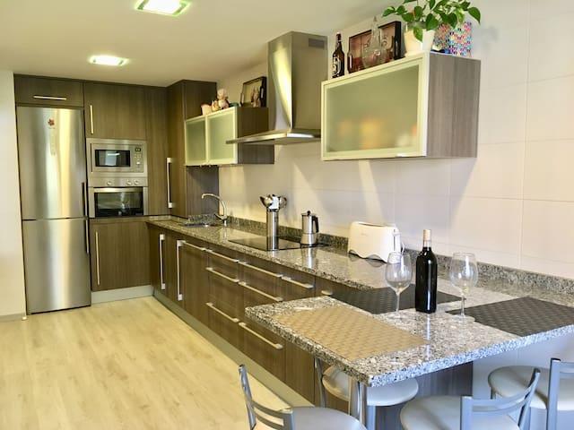 Apartamento Nuevo y Luminoso en Haro con garaje