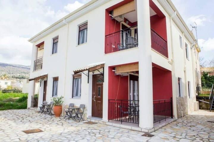 Lina's House Premium Sivota
