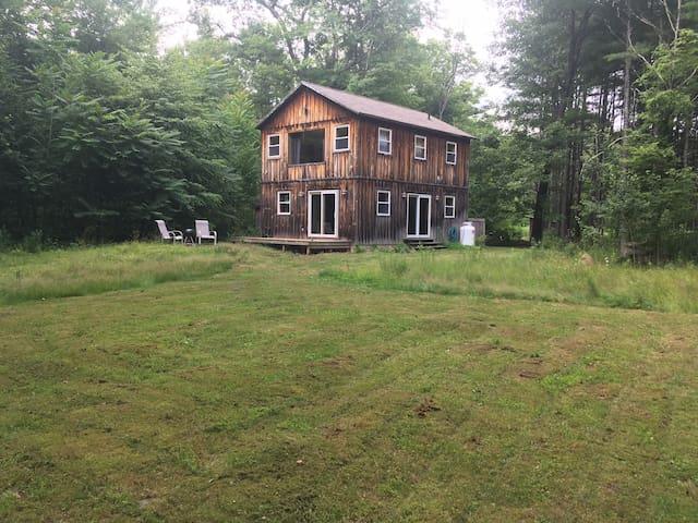 Rustic Country Barn - Saugerties