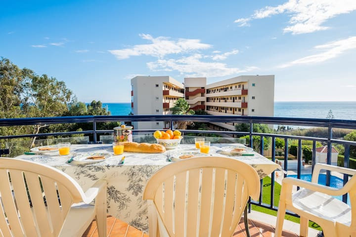Benajarafe beach parking, pool, wifi, AirCon, more - Benajarafe - Pis