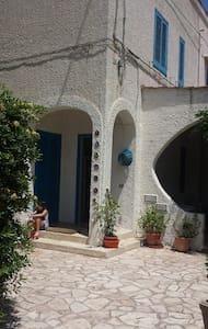 Puglia: Sun, Sea and Relax ! - Savelletri - 独立屋