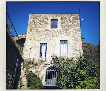 Casalfiume - beautiful stone mill - Dolceacqua - Huoneisto
