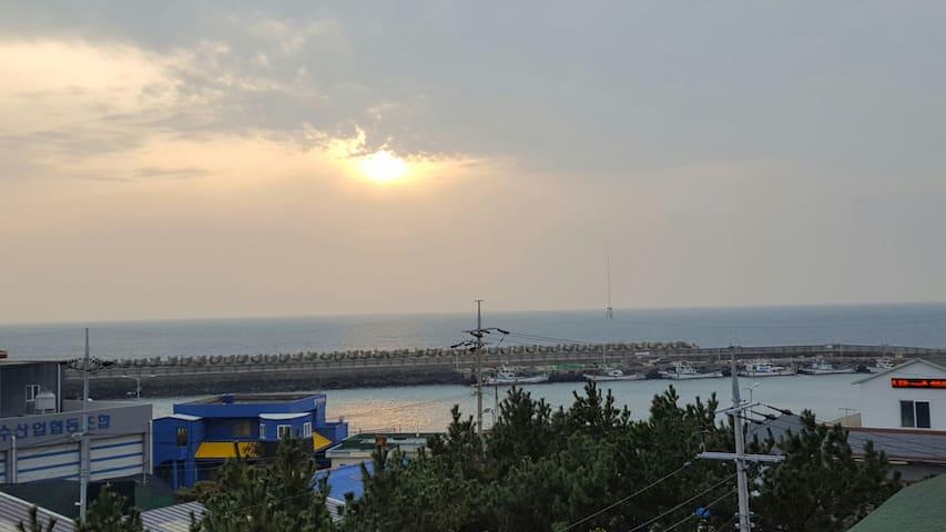 제주최남단 마라도와 가파도가 보이는 바다전망과 내집처럼 쉴 수 있는 모던한 가족형스테이 - 서귀포시 - Flat