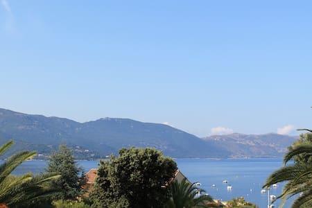 Duplex bord de mer Tiuccia (Corse) - Apartemen