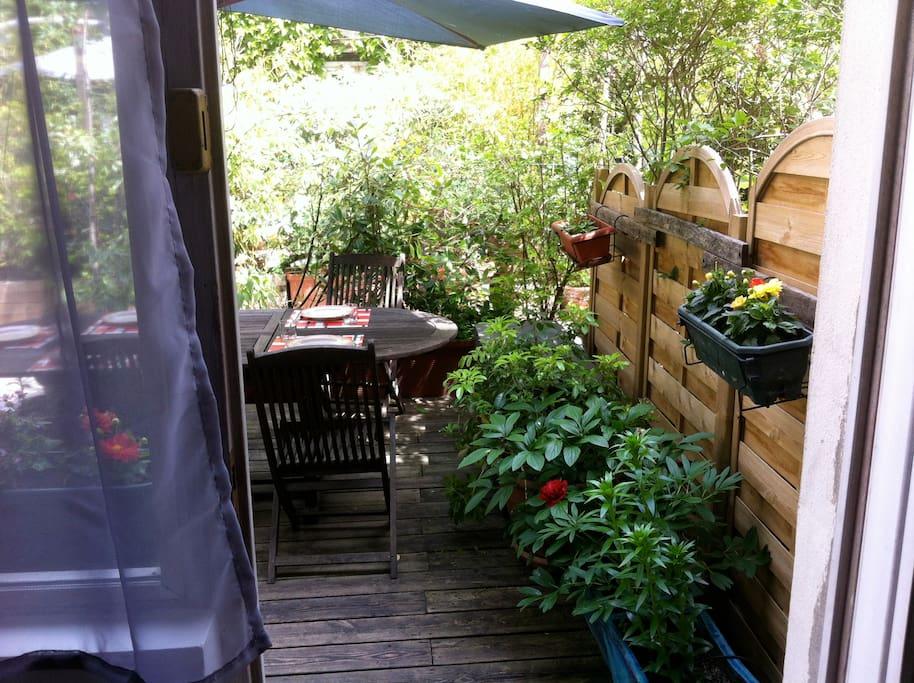 Accès direct du salon terrasse