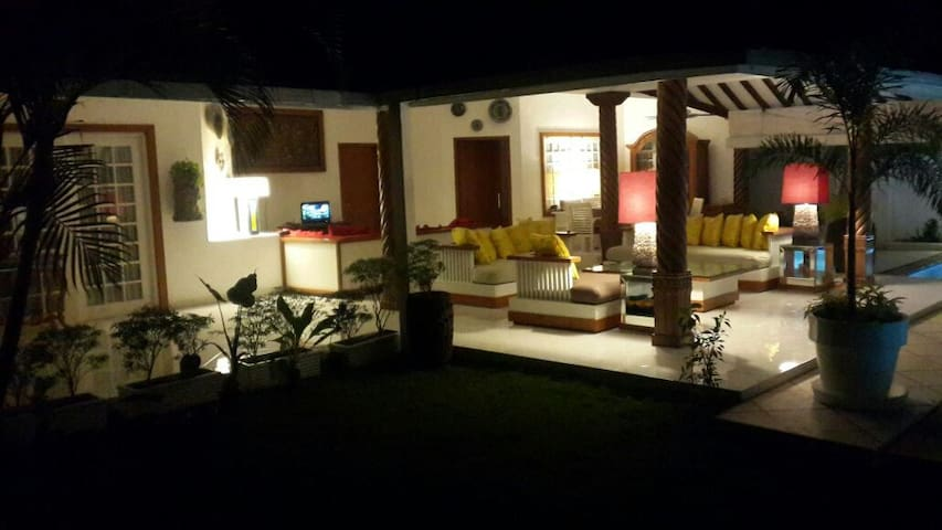 Luxury afordable new tropical villa