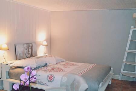 """Chambre """"CHEWA"""" au ptit paradiz'en - Sainte-Juliette"""