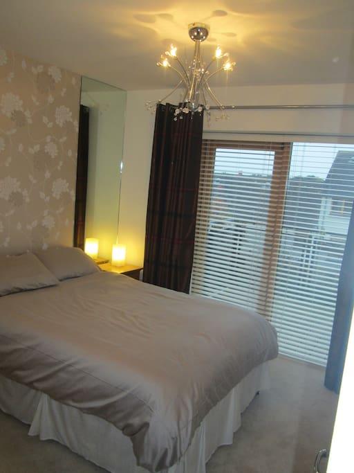 Double bedroom with own door access to balcony
