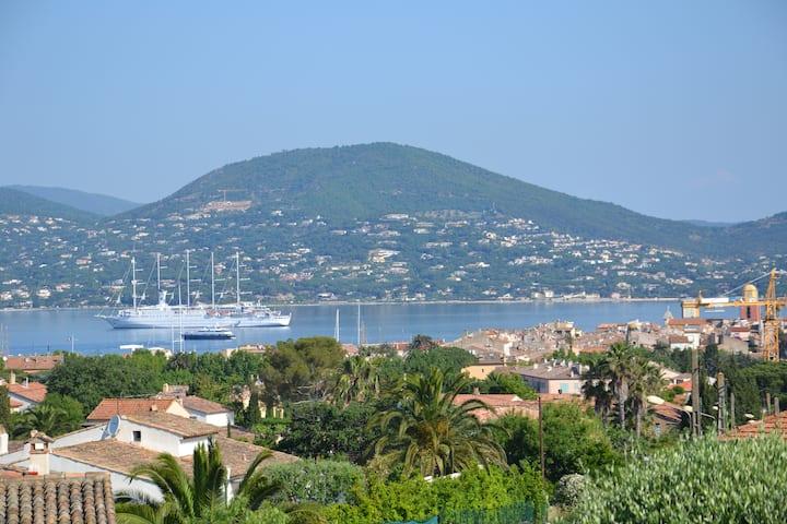 St Tropez, Superbe Vue Mer, Piscine, Domaine Privé