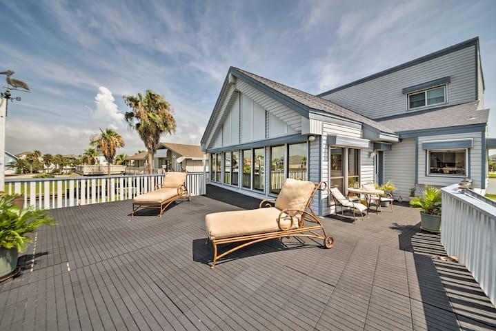 Bayfront Tiki Island Home w /Boat Slip & Deck!