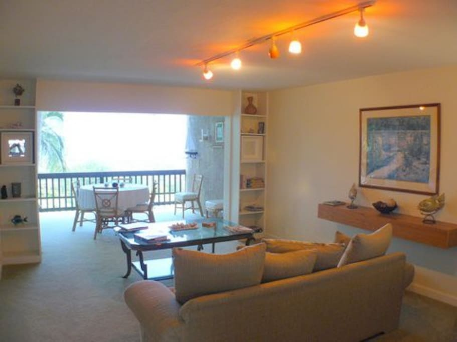 Beautiful Kona  Condo Retreat