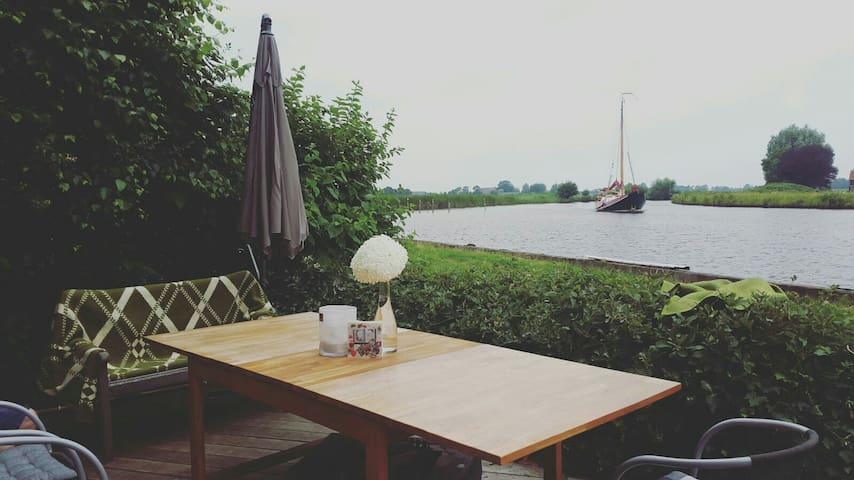 4 pers boot huisje water & natuur - langelille - Sommerhus/hytte