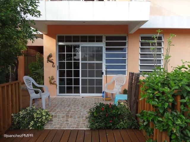 Casa Alejada - Garden Apartment - Bo Carencro, San Jacinto, Guanica - Leilighet