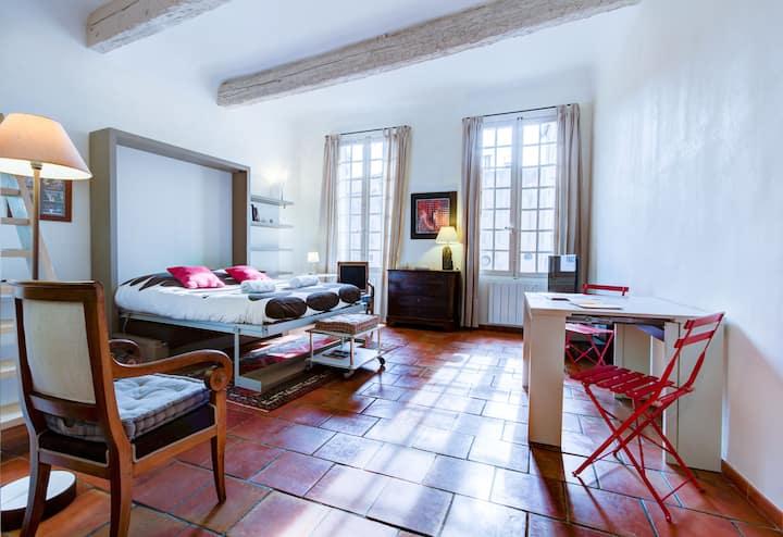 L'Aude loft calme old town