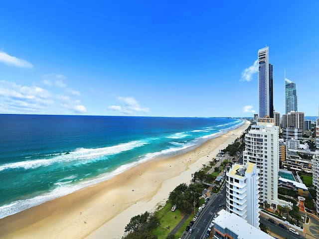 Stunning views @ 'Whale Watcher' Surfers Paradise
