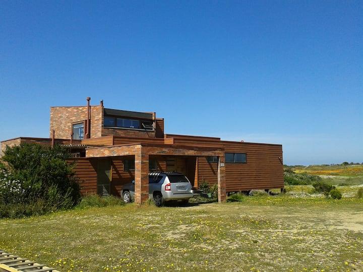 Casa ecológica en la playa