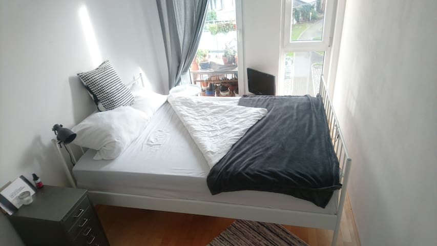 Cozy Room in Altona-Ottensen