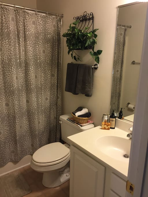 Full size bathroom for guests
