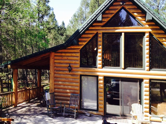 Cabin in the Woods - Fairmont Hot Springs - Casa